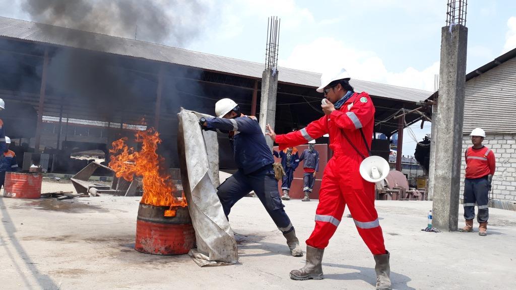 Metode pemadaman api, smothering, cooling, starvation dan breaking chain reaction