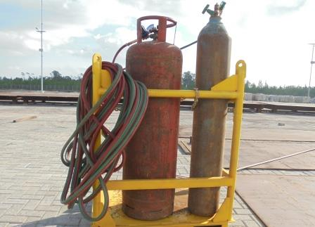 High pressure equipment